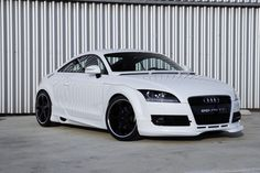 2008 Audi TT Pictures: See 566 pics for 2008 Audi TT. Browse interior and exterior photos for 2008 Audi TT. Audi Q7, Audi Cars, Audi Quattro, Audi Tt Roadster, Tt Tuning, Audi Sport, Rs4, Car Engine, Ford Gt