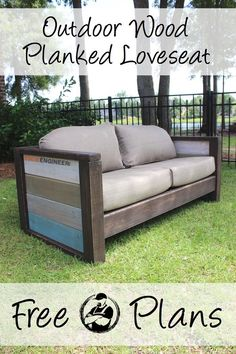 Diy Furniture - DIY Sofas and Couches - DIY Wood Plank Love Seat - Easy and Creative Furniture a. Ikea Sofas, Ikea Furniture, Pallet Furniture, Furniture Projects, Rustic Furniture, Furniture Design, Furniture Movers, Furniture Outlet, Modern Furniture