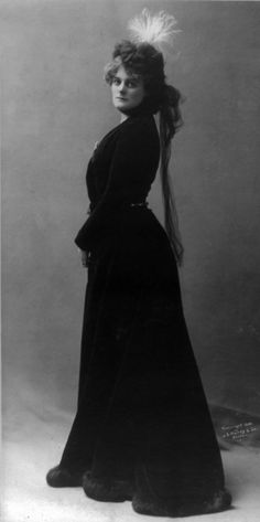 "On the 2nd of April 1902 William Butler Yeats and Lady Augusta Gregory's play ""Catheleen ni Houlihan"" with Maud Gonne (pictured in 1900) in the title role was performed for the first time by the Irish National Dramatic Company in St. Teresa's Hall, Dublin."
