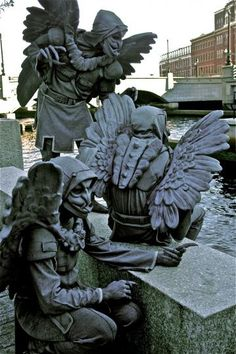 My friends from Pawtucket RI, Sitting on the edge of the Providence River, where their business began. Living statues are a regular part of Waterfire activities on the river downtown. Gargoyle Costume, Dragons, Gothic Gargoyles, Living Statue, Medieval Fantasy, Medieval Gothic, Angels And Demons, Evil Spirits, Green Man