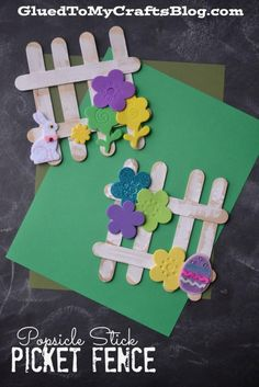 A fun spring craft for kids to make! Popsicle Stick Picket Fence crafts popsicle sticks Popsicle Stick Picket Fence - Kid Craft Idea For Spring Spring Crafts For Kids, Crafts For Kids To Make, Summer Crafts, Holiday Crafts, Easter Crafts For Seniors, Craft Kids, Easter Crafts Kids, Kids Diy, Popsicle Crafts
