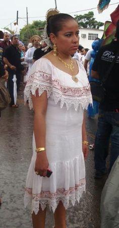 Vestido Tipico Estilizado