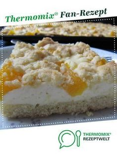 Quark fruit crumble cake (from the tray)-Quark-Obst-Streuselkuchen (vom Blech) Quark fruit crumble cake (from the tray) by sabri. A Thermomix ® recipe from the category baking sweet www.de, the Thermomix ® community. Baking Recipes, Cake Recipes, Snack Recipes, Dessert Recipes, Sweet Potato Pasta, Fruit Crumble, Crumble Recipe, Fall Desserts, Food Cakes