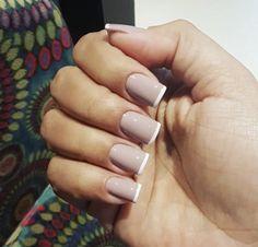 #nails #unhas #inglesinha #esmalte #nailpolish