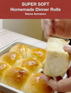 Buttery, fluffy and soft dinner rolls are the best to have with any main course. This homemade bread recipe needs 6 ingredients 10 mins prep, 20 mins baking Dinner Rolls Easy, Sweet Dinner Rolls, Homemade Dinner Rolls, Homemade Yeast Rolls, Quick Rolls, Fluffy Dinner Rolls, Bread Recipe Video, Easy Fluffy Bread Recipe, Sweets