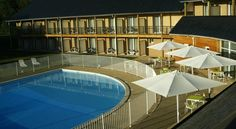Adonis Hauts De Honfleur Équemauville The Adonis Hotel is located in Équemauville, in the Calvados region of Normandy. It offers an outdoor swimming pool and soundproofed modern accommodation.