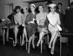 Modelos de Givenchy. s.l., 24 de maio de 1956. Correio da Manhã