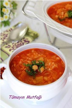 Nohutlu Beyaz Lahana Çorbası Turkish Recipes, Ethnic Recipes, Turkish Kitchen, Turkish Delight, Chana Masala, Curry, Food And Drink, Soups