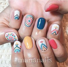 If you are a big fan of manicure, you can not miss the Essie brand. Get Nails, Fancy Nails, Love Nails, How To Do Nails, Pretty Nails, Hair And Nails, Essie, Nagellack Design, Manicure E Pedicure