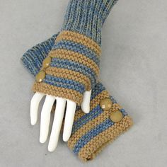 I like these!  Striped fingerless gloves | double click on above image to view full picture