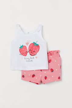 Set with a tank top and shorts in soft cotton jersey. Tank top with a printed motif at front and shoulder straps with decorative tie detail. Shorts with elasticized waistband and decorative drawstring. Ruffle trim at top. Kids Outfits Girls, Baby Boy Outfits, Baby Girl Fashion, Kids Fashion, Kids Prints, Girls Rompers, Baby & Toddler Clothing, My Baby Girl, Shirt Shop