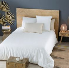 Maisons du Monde headboard: our selection for a trendy bedroom - Face Mask Hallway Furniture, Small Furniture, Sofa Furniture, Cotton Bedding Sets, Bed Linen Sets, Attic Master Bedroom, Luxury Bedding Collections, Trendy Bedroom, Interior Design Living Room