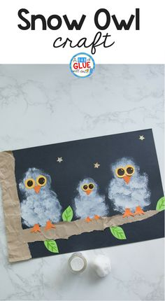 Winter crafts are perfect for kids! Try this Pom Pom Stamped Snowy Owl Painting as your next 5 minute craft. Your creative kids will love this easy craft. #wintercrafts #painting #winter