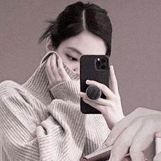 Yg Entertaiment, Kpop Profiles, Filters For Pictures, Blackpink Photos, Jennie Blackpink, Pink Aesthetic, Jaehyun, Kpop Girls, Idol