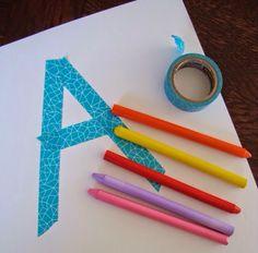 Materiais para Atividade durex, papel e giz de cera Colorir com giz de cera o papel Pede a criança para puxar o durex e fazer fo...