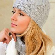 Beanie and scarf with aran pattern
