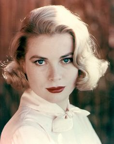 Grace Kelly / Born: Grace Patricia Kelly, November 12, 1929 in Philadelphia, Pennsylvania, USA / Died: September 14, 1982 (age 52) in Monaco