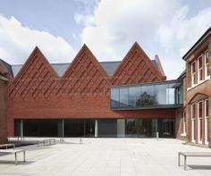 Brentwood School Sixth Form Centre & Assembly Hall | Wienerberger Brick Award 14