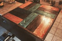 Table top #1 finished 7 table-tops to go!! #woodwork #wood #tabletop #puertorico de pedalbox
