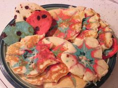 Fourth of July firework pancakes! Fun breakfast for your kids :O) www.walkinthesunshineblog.blogspot.com