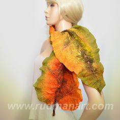Gefilzte Schal wickeln Schal hergestellt aus von RudmanArt auf Etsy, $129.00