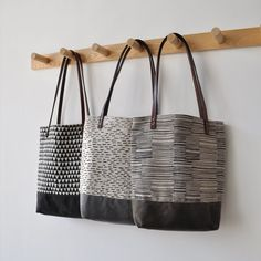 I finally got a chance to post the photos of the other small tote designs - in the  triangle  and lines  pattern, I wanted to let you kn...