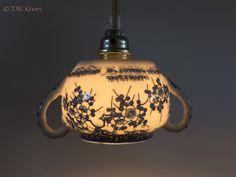 Hanglampje van vintage suikerpot van Japans porselein met blauw bloem patroon door upservies op Etsy
