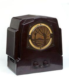 Wireless radio by J. K. White, 1932 | Victoria and Albert Museum #ArtDeco #Bakelite