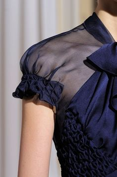 Honeycomb Smocking - dress with smocked panels sleeve trim; structural fabric manipulation for fashion // Christophe Josse