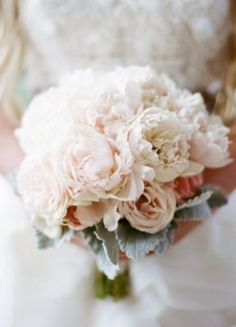 Wedding Bouquet Inspiration - Photo: Sylvie Gil Photography