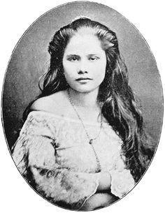 """An early 1900s American study called """"The Inhabitants of the Philippines."""" According to the study, this girl is a mestiza from Manila. I'm assuming it's from the same general time as the study itself. c1900"""