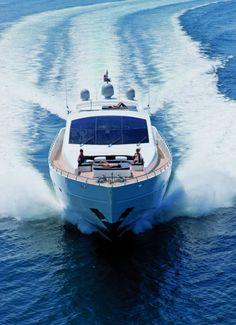 http://www.barcosbarcelona.com
