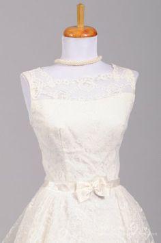 1960 Audrey Hepburn Lace Vintage Wedding Gown