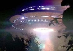 UFO image of a 'Pleadian Ship', image from the just released CIA Top Secret UFO files There are many more photos of ships and ET species from USA and Russian Sources on my board, 'AAC (Ancient Aliens & Conspiracies), Aliens Und Ufos, Ancient Aliens, Tantra, Alien Aesthetic, Space Grunge, Night Vale, Invader Zim, Ufo Sighting, To Infinity And Beyond