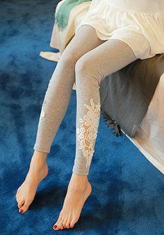 Hollowed Floral Leggings
