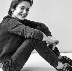 just a hawt little bean noah schnapp // stranger things
