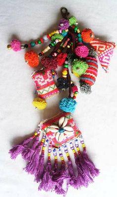 Hmong Textile Tribal Keychain sac charme/Dangle par midgetgems