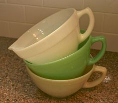 vintage pyrex - I love batter bowls