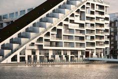 BIG - Bjarke Ingels Group, Julien Lanoo · 8 HOUSE