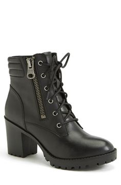 Free shipping and returns on Steve Madden 'Noodless' Lugged Sole Boot (Women) at Nordstrom.com. With a channel-stitched ankle pad and bold, lugged sole, the Noodless boot hits all the right notes of moto style but changes it up with a chunky heel and exposed side zip.
