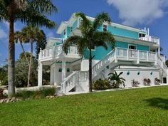 VRBO.com #363916 - Anna Maria Island Waterfront Home with Elevator