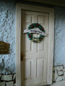 Another Cosy Cottage: how to make a Christmas wreath with ribbon