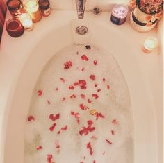 Write Out My Dreams: My Pamper Routine!
