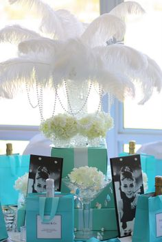 Glamorous Party--Breakfast at Tiffany's Theme .this would be great for a party for a sister or friend! Tiffany Theme, Tiffany Wedding, Tiffany And Co, Tiffany Blue Party, Gold Wedding, Purple Wedding, Wedding Reception, Breakfast At Tiffanys Party Ideas, Tiffany Breakfast