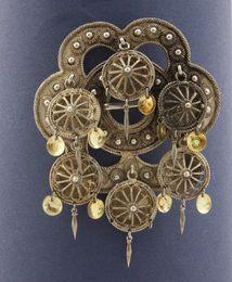 Vesterheim Collections , norwegian brooch