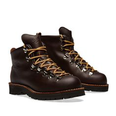 Buy the Danner Mountain Light Boot in Brown from leading mens fashion retailer END. - only Fast shipping on all latest Danner products Prada Shoes, Men's Shoes, Shoe Boots, Danner Boots Men, Caterpillar Boots, Vibram Shoes, Fashion Boots, Mens Fashion, Mens Winter Boots