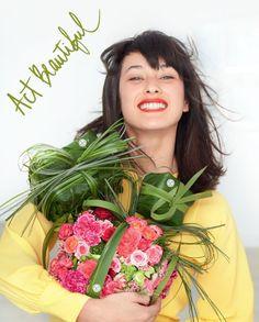 Sărbătorește împreună cu Yves Rocher Luna Femeilor!  Act Beautiful!