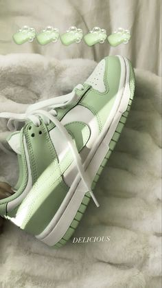 Sneakers Nike, Cute Sneakers, Sneakers Fashion, Fashion Shoes, Air Force Sneakers, Aesthetic Shoes, Hype Shoes, Swag Shoes, Fresh Shoes