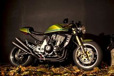 Kawasaki Z1000 Streetfighter Cafe Racer ~ Return of the Cafe Racers