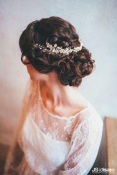 Ornate Beaded and Crystal Hair Vine